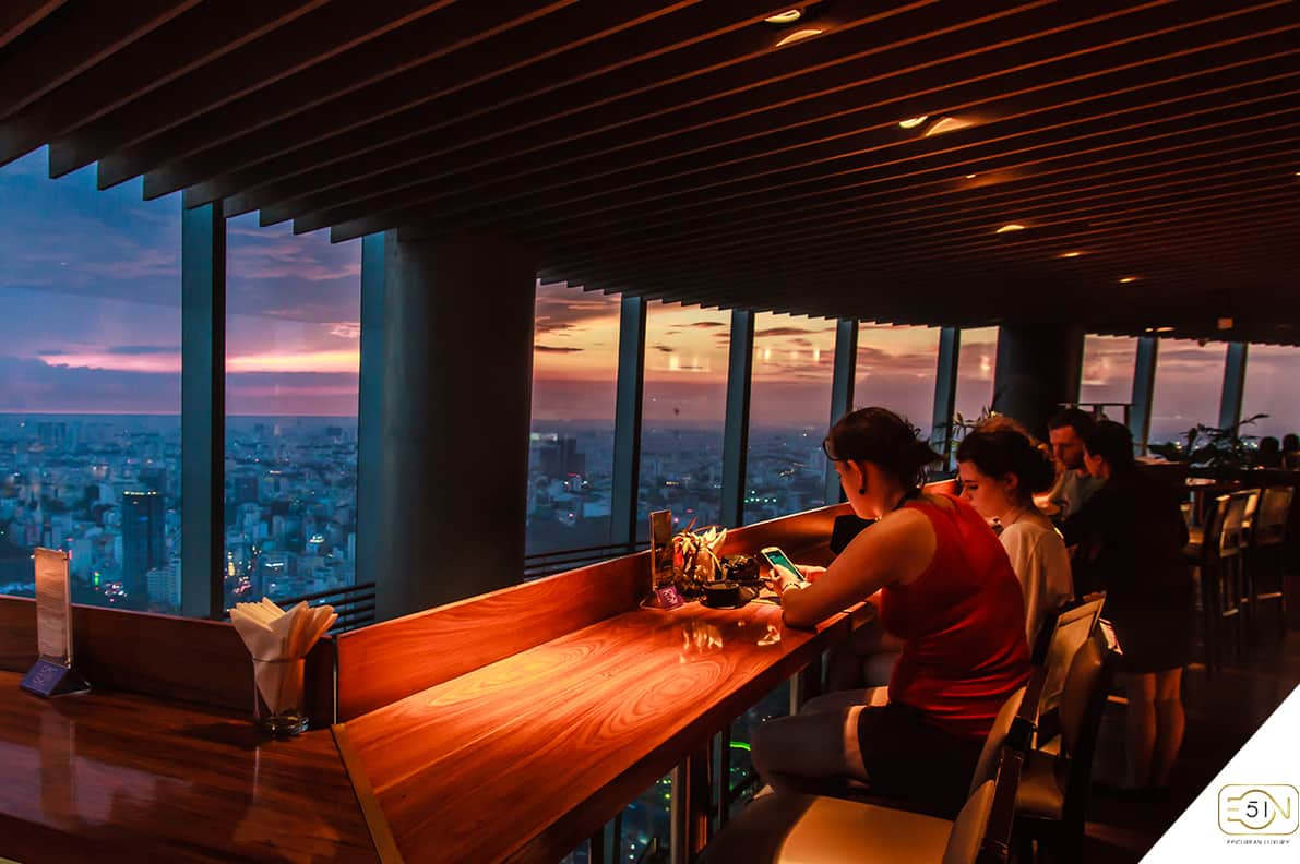 Café Eon - 50th floor of Bitexco Tower at night