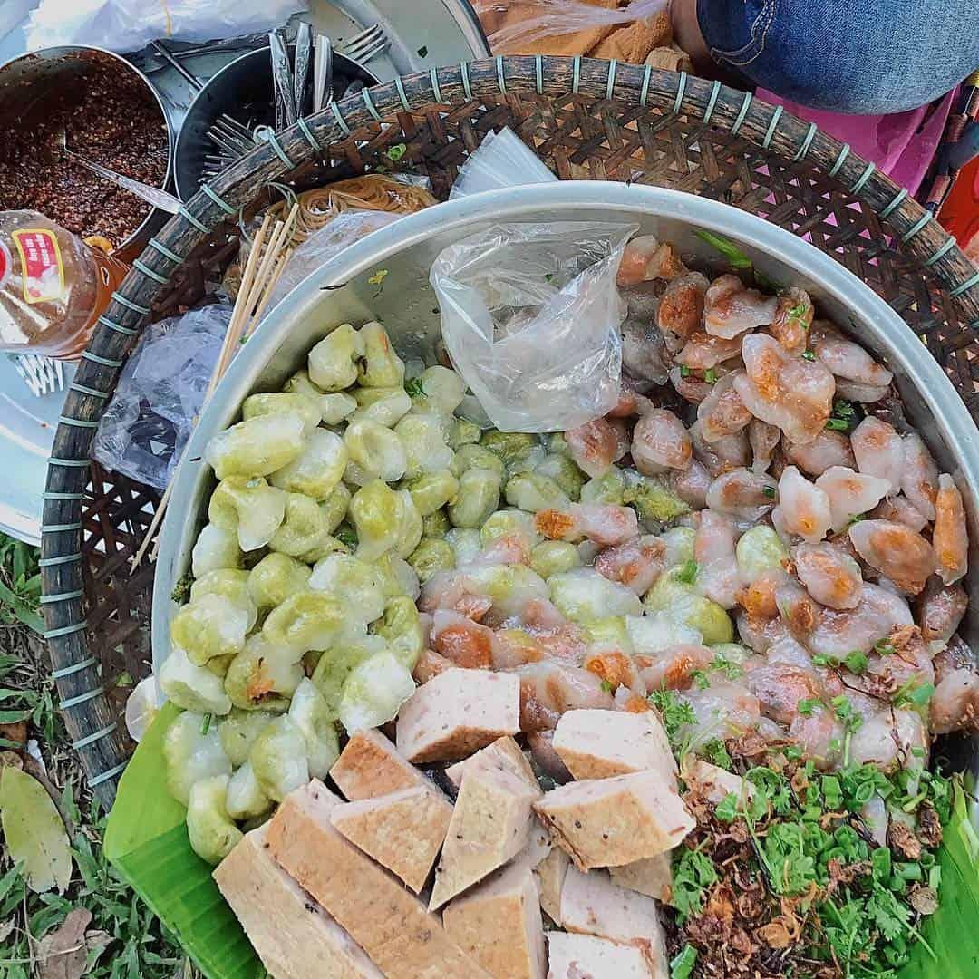 Món bánh bột lọc Huế - chợ Đông Ba