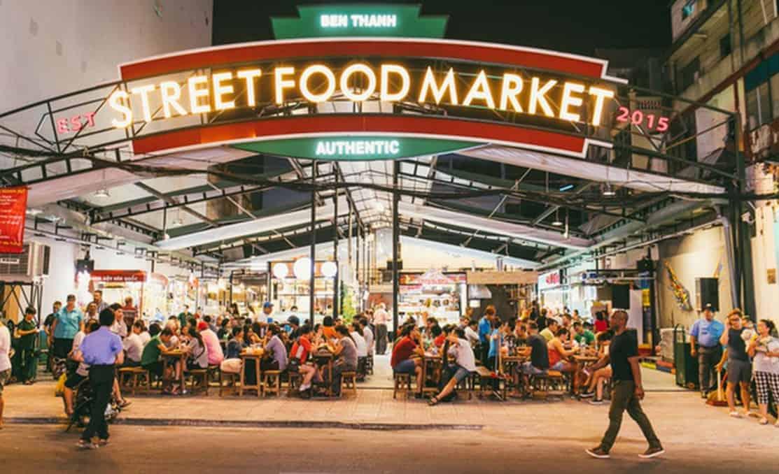 Một góc phố ẩm thực chợ Bến Thành về đêm tp.HCM