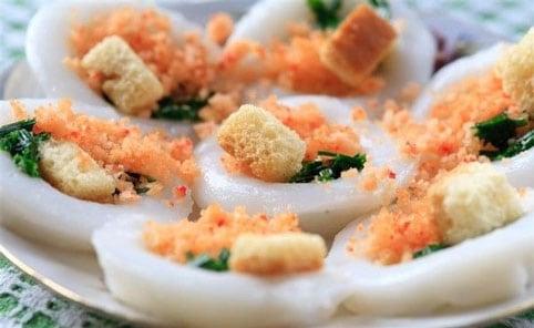 Bánh Ram ít - đặc sản Huế