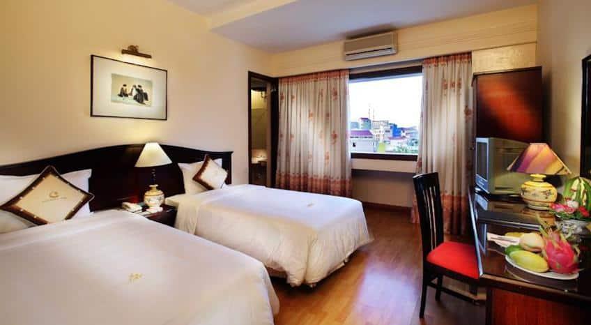 Century Riverside Hotel Hue 02