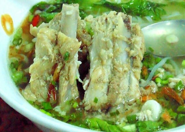 Thà hồ ăn uống tại Vũng Tàu (Ảnh sưu tầm)