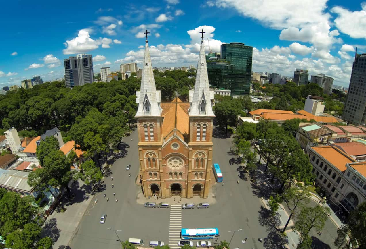 Chiêm ngưỡng kiến trúc từ trên cao của nhà thờ