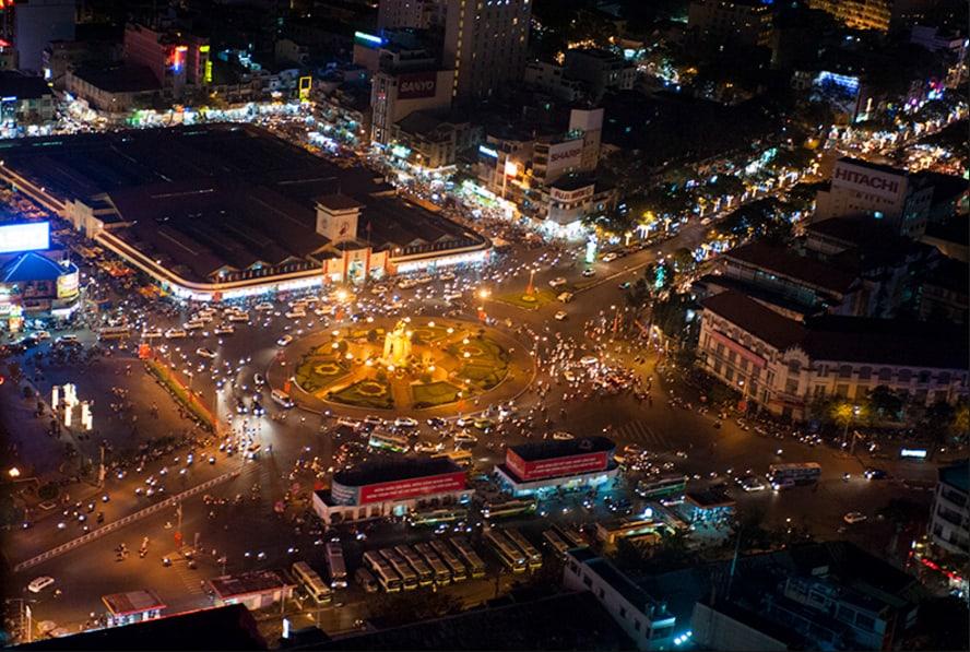 Toàn cảnh chợ Bến Thành từ trên cao nhìn xuống