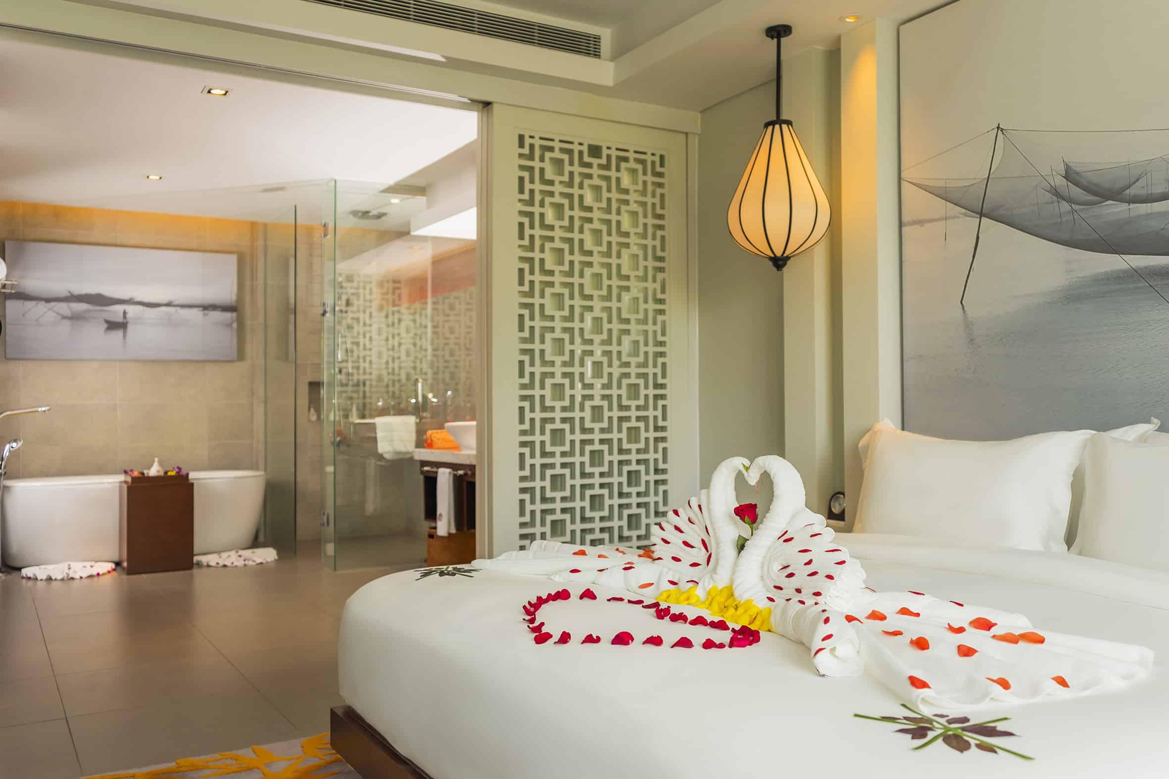 Phòng ngủ tại Angsana Lăng Cô Huế Resort