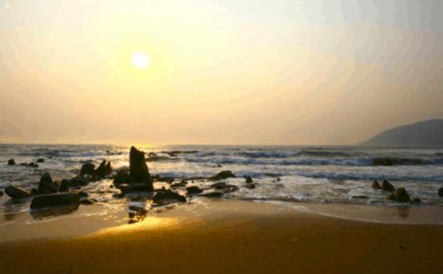 Biển Hoành Sơn - địa điểm du lịch Hà Tĩnh