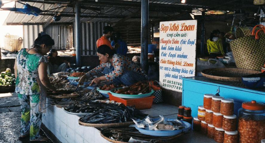 Khung cảnh chợ Cần Giờ (Ảnh: Sưu tầm)
