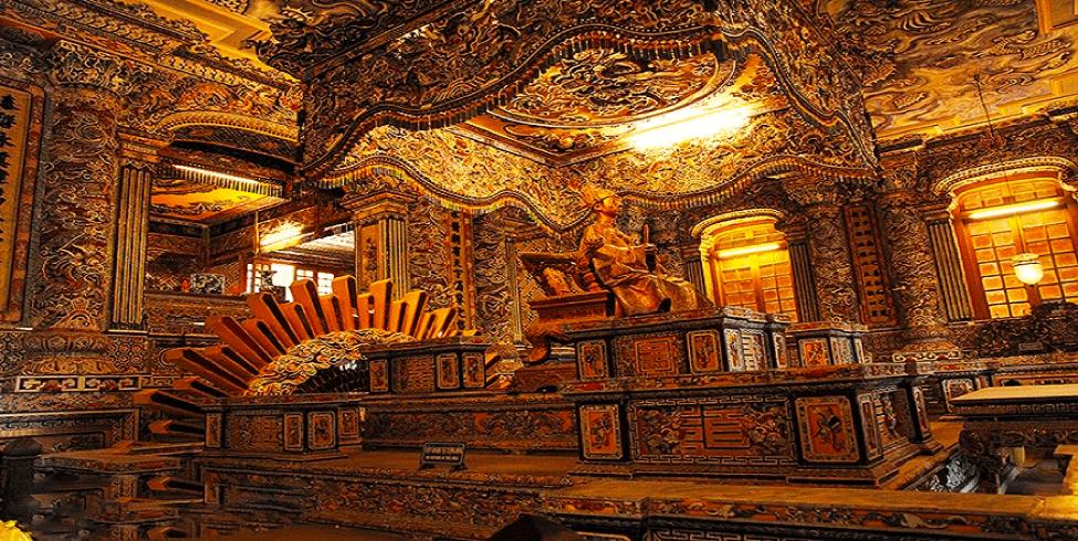 Lăng Khải Định - địa điểm du lịch Huế