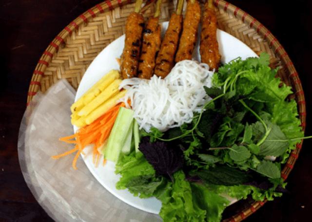 Nem lụi - món ngon Đà Nẵng