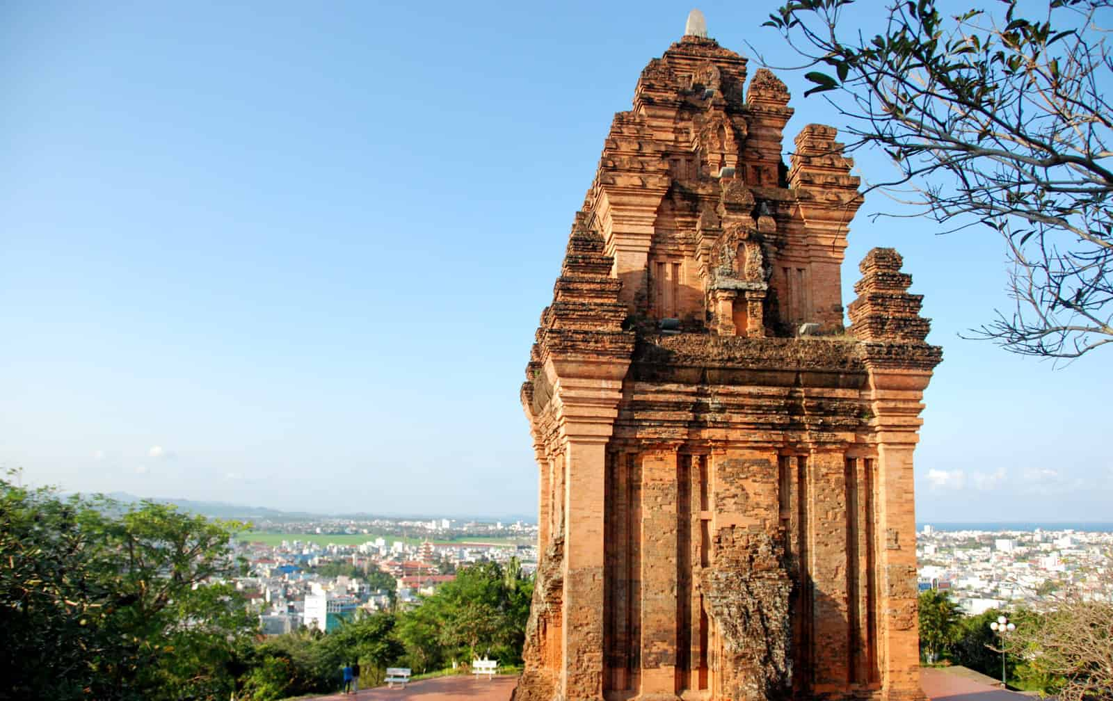 Nhan Tower, an outstanding architectural work of the ancient Cham people (Photo: ST)