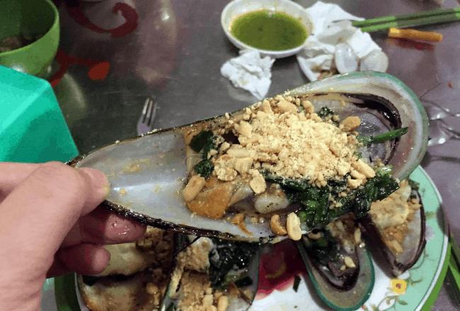 Thưởng thức ẩm thực ăn đêm ở Vũng Tàu