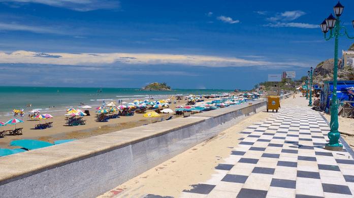 Địa điểm nổi tiếng Bãi Sau ở Vũng Tàu