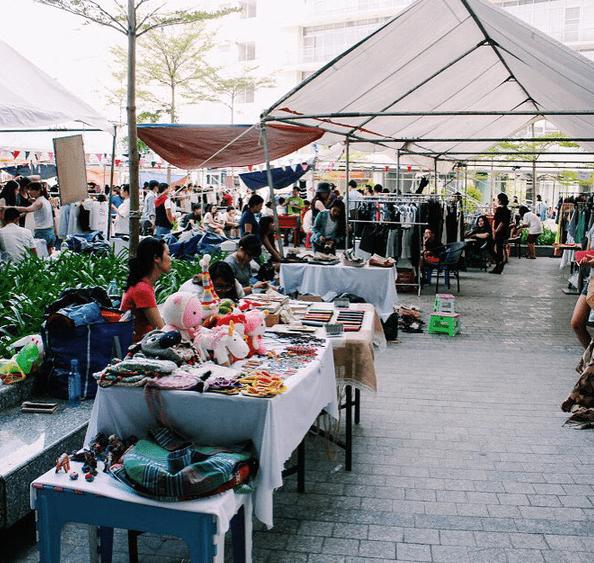 Khu ăn chơi Saigon Flea Market