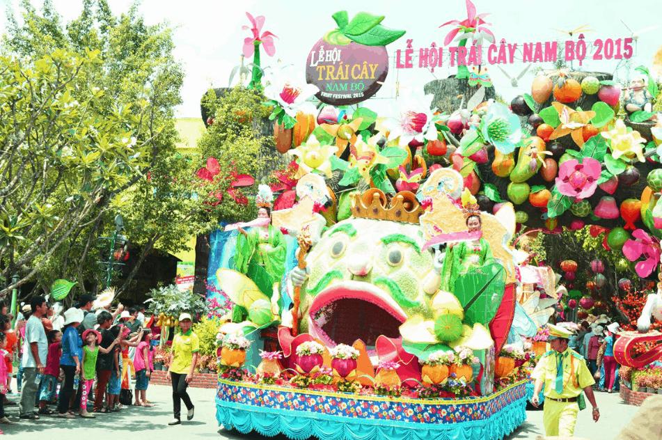 Lễ hội trái cây ở Suối Tiên