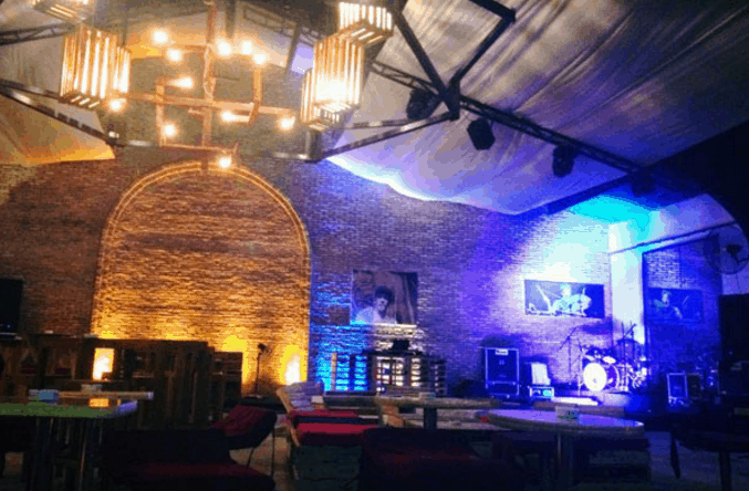 Quán Cargo Bar Sài Gòn