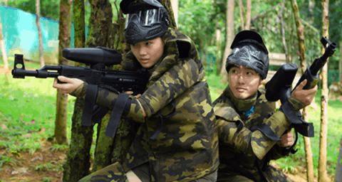 Trò chơi bắn súng sơn ở Hồ Mây ở Vũng Tàu(Ảnh: Sưu tầm)