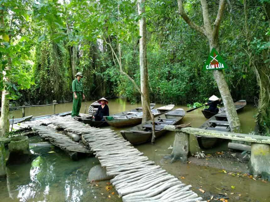 Khu du lịch sinh thái miền Tây Nam Bộ