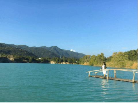 Những bức ảnh so deep ra đời tại hồ Đá Xanh
