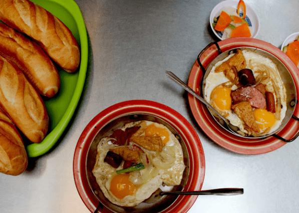 Bánh mì Hòa Mã là một trong các quán ăn ngon nổi tiếng ở Sài Gòn
