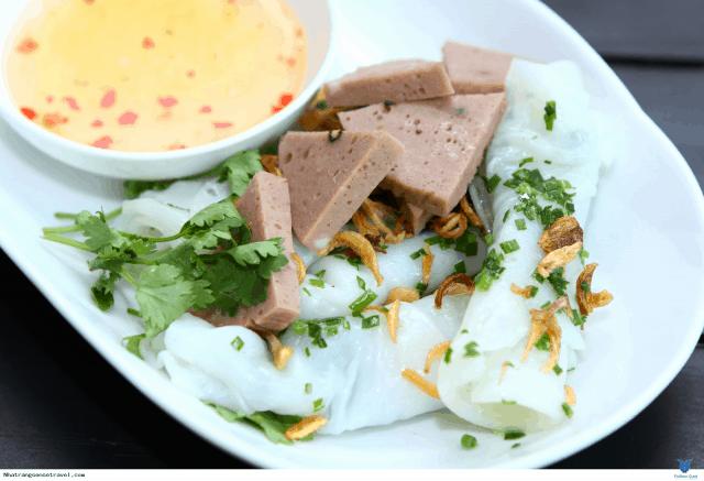 Ăn sáng ở Nha Trang với bánh ướt