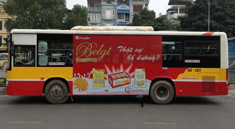 Xe bus là phương tiện giúp bạn tới đảo Thạnh An nhanh chóng (Ảnh ST)