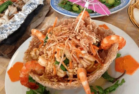 Nhà hàng có nhiều món ăn ngon được người Sài Gòn yêu thích