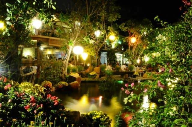 Cafe Hoa đồng nội về đêm - Những quán cafe đẹp ở Nha Trang