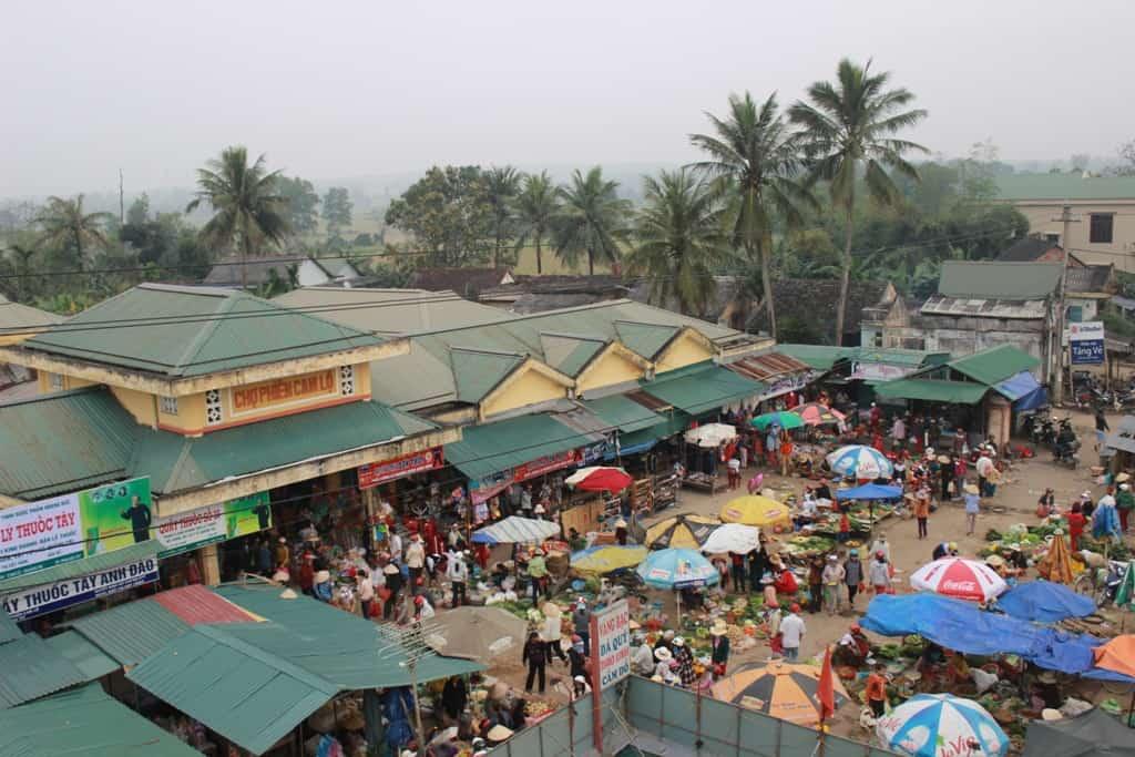 Chợ phiên Cam Lộ - địa điểm du lịch Đà Nẵng