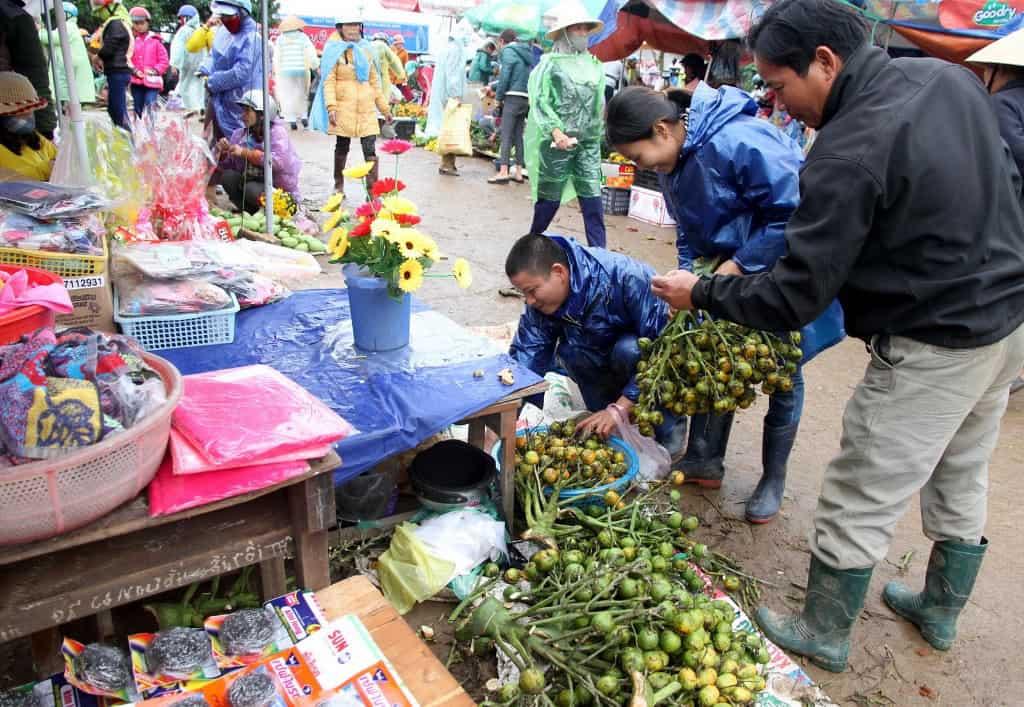 Chợ phiên Cam Lộ - địa điểm du lịch Đà Nẵng 01
