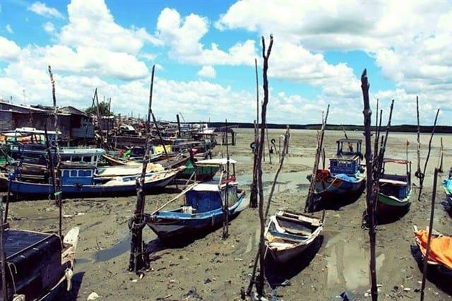 Khu vực đỗi thuyền trên đảo