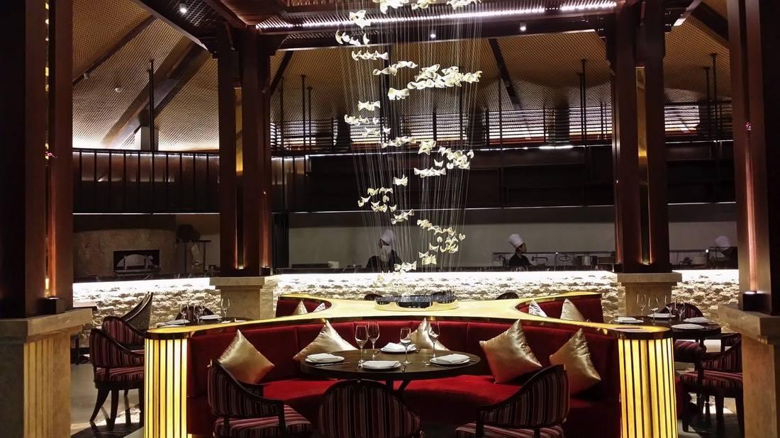 Nhà hàng tại Duyên Hà Resort