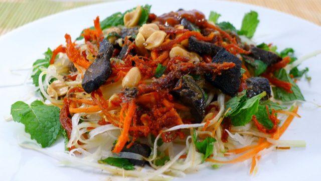 Món ăn vặt được ưa thích ở Sài Gòn (Ảnh: ST)