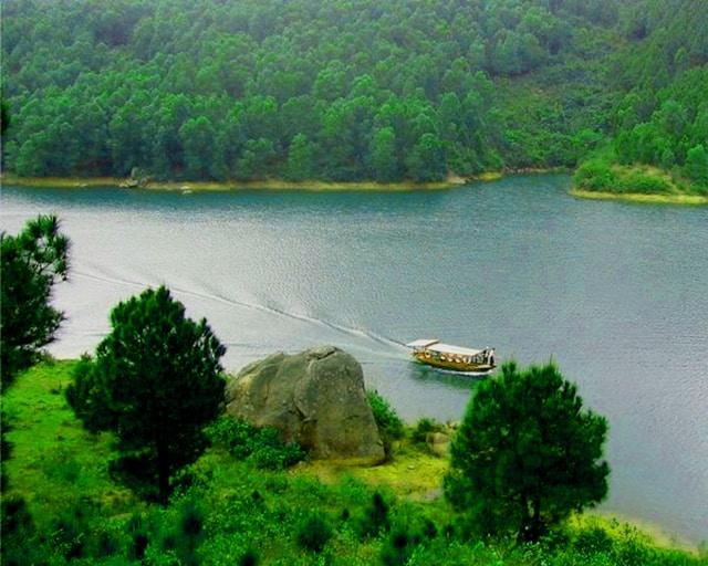 Hồ Trại Tiểu điều hòa khí hậu