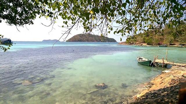 Làn nước trong xanh đẹp khó cưỡng của đảo (Ảnh: Sưu tầm)