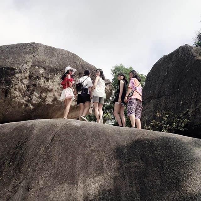 Check in hòn Trống Mái - du lịch Sầm Sơn