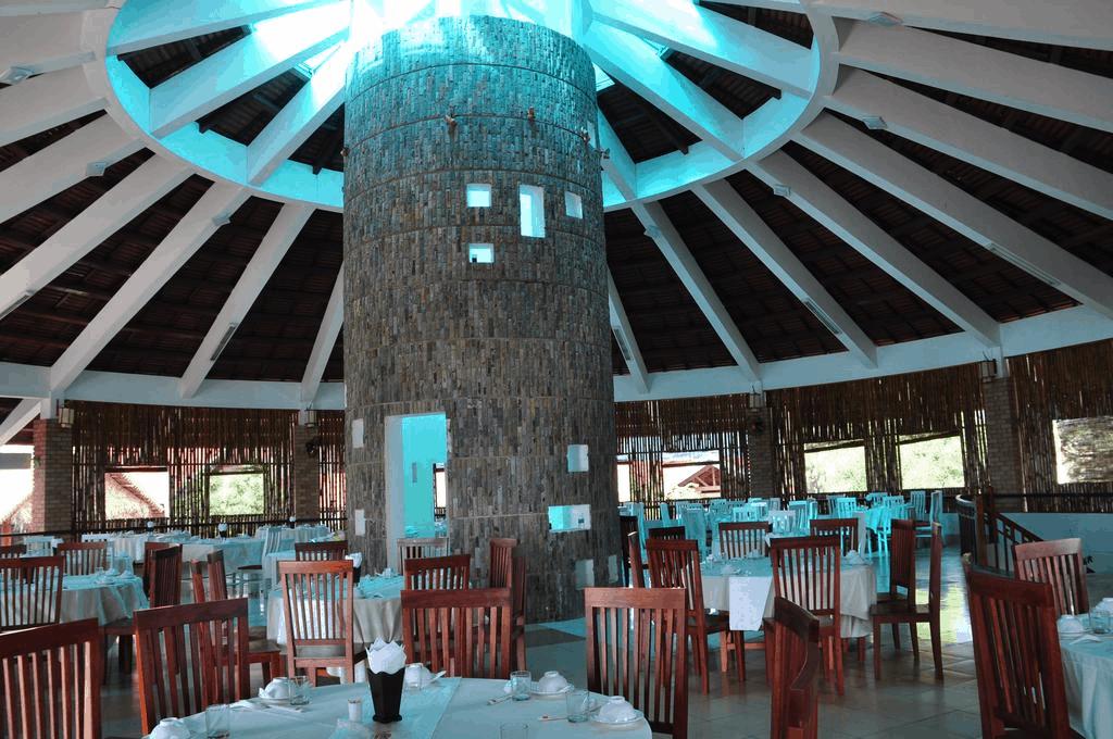 Lang Co Resort 01