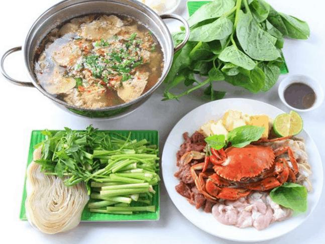 Lẩu cua đồng giúp món ăn tối Sài Gòn thêm đậm đà hơn