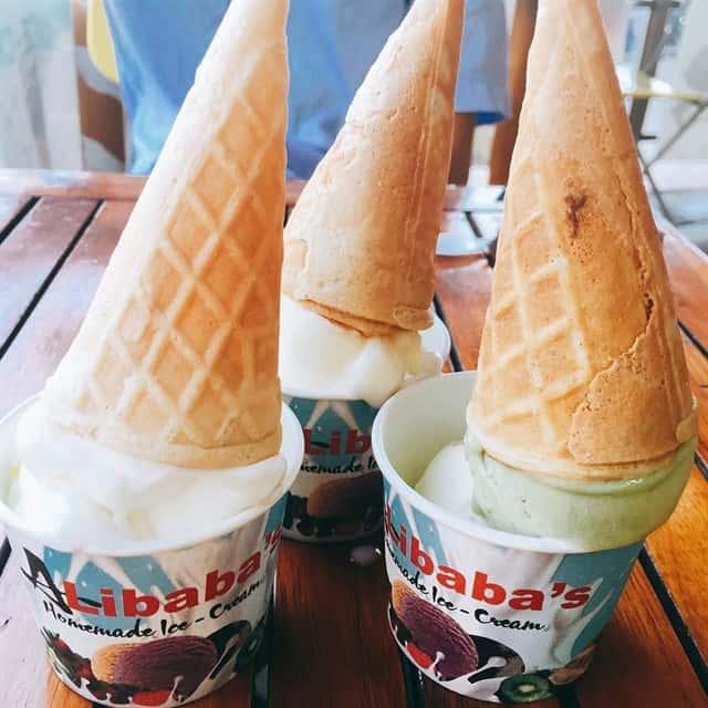 Ly kem độc và lạ tại quán Alibaba