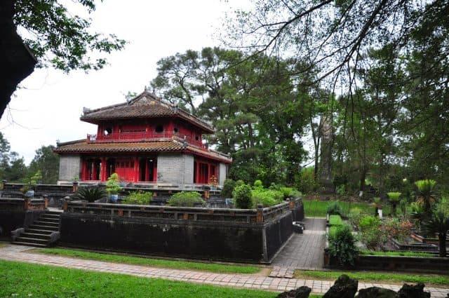 Minh Lâu - thuộc Lăng Minh Mạng