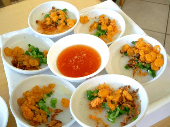 Bánh bèo là một món ăn ngon mà bạn nên thử khi tới Sài Gòn ( Ảnh ST)