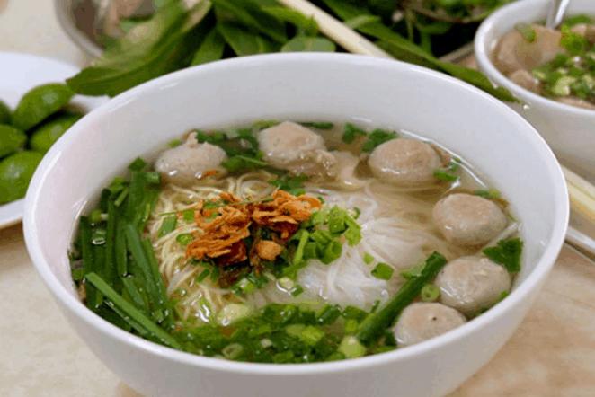 Ăn hủ tiếu giúp bữa tối Sài Gòn của bạn thật đậm đà hương vị miền Nam