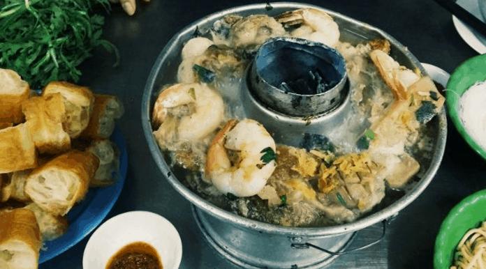Món lẩu cá là món ăn ngon nổi tiếng ở Sài Gòn