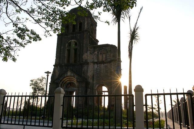 Nhờ thờ Tam Tòa Quảng Bình