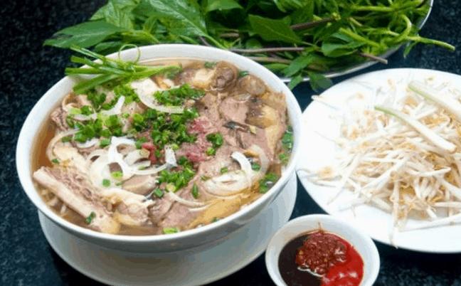 Phở lệ là một trong các quán ăn ngon ở Sài Gòn mà nhiều người cực kỳ yêu thích