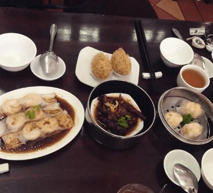 Vào quán Dimsum Tiến Phát bạn sẽ được thưởng thức những món ăn ngon mà người Sài Gòn yêu thích