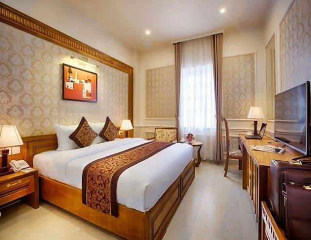 Khách sạn Riverside Quảng Bình 01