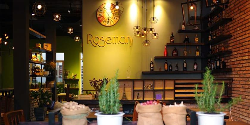 Rosemory Steak & Cafe tại lâu đài long island Sài Gòn (Ảnh: ST)