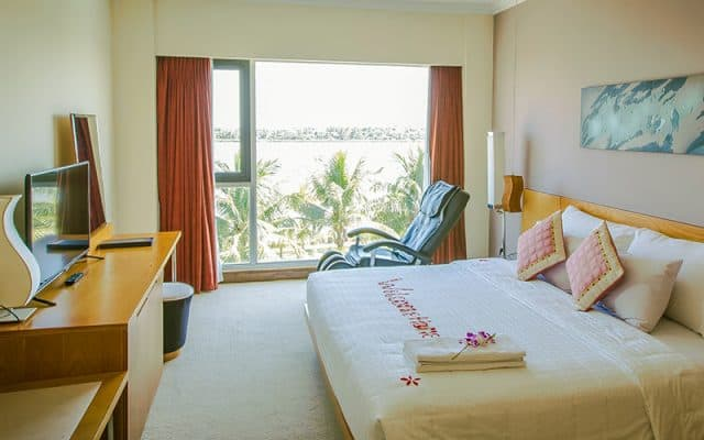Phòng ngủ tại Saigon Quang Binh Hotel