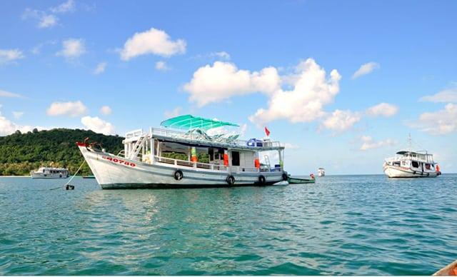 Tàu cao tốc đi đảo Nam Du - tỉnh Kiên Giang (Ảnh: Sưu tầm)