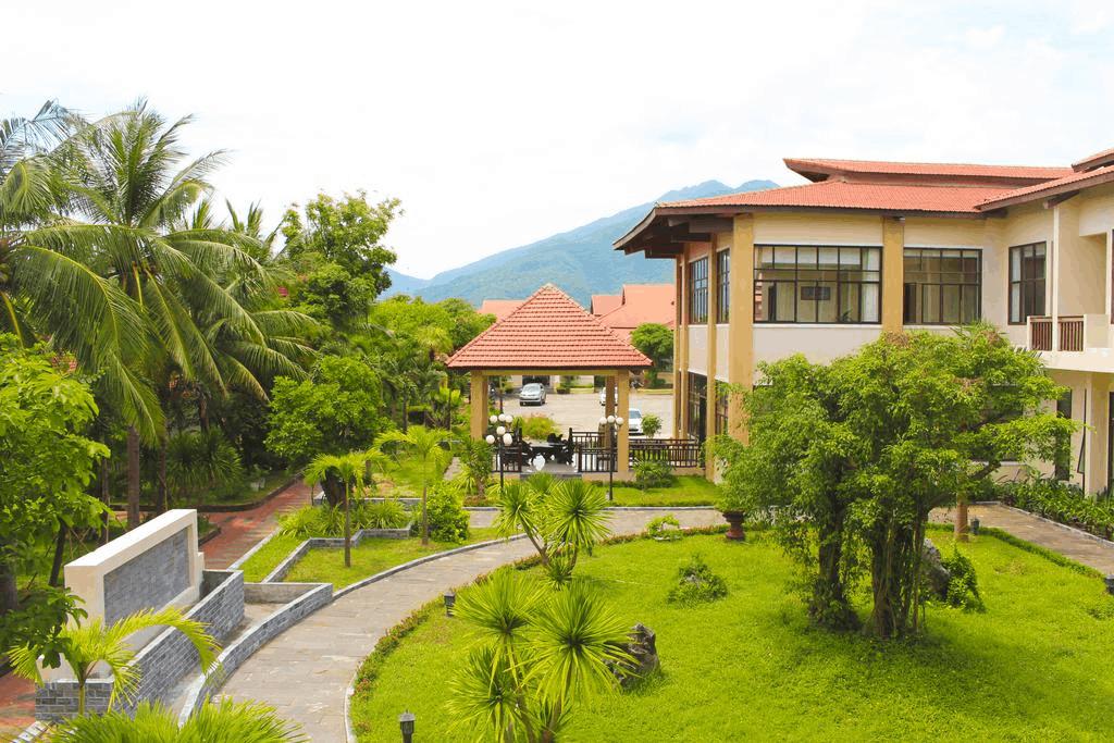 Thanh Tam Resort - Bãi biển Lăng Cô